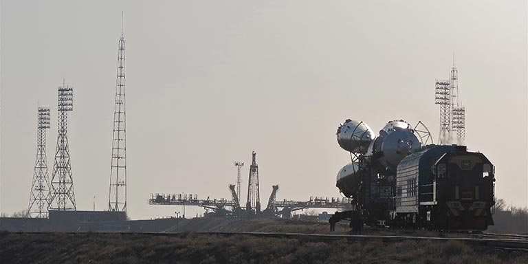 soyuz liftoff expedition